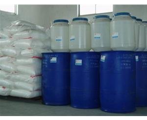 聚乙二醇 400 单油酸酯